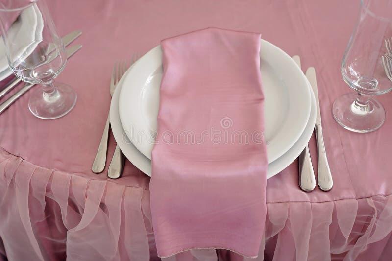 Gifta sig tabelldekoren Härlig uppsättning för ett händelseparti eller mottagande arkivfoton