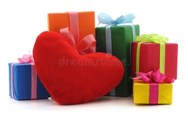Giften en hart royalty-vrije stock foto's