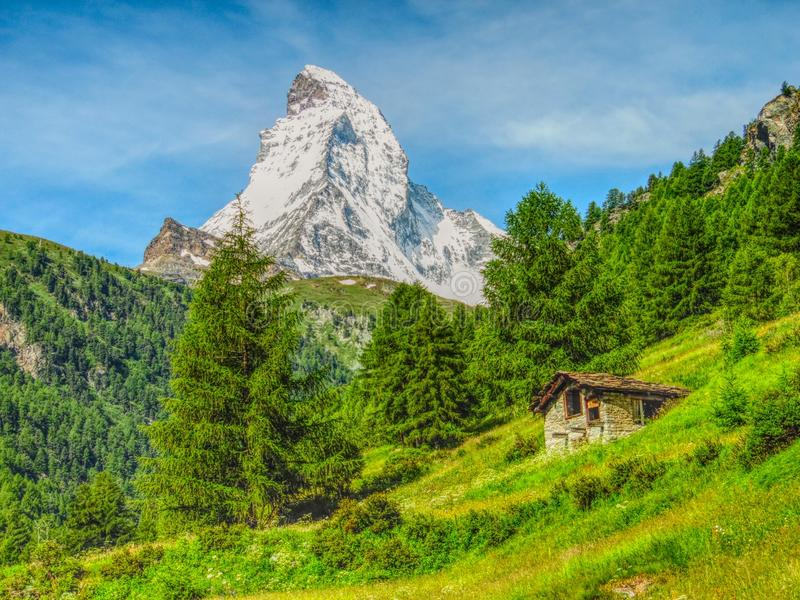 Gigant Matterhorn w lecie obraz stock