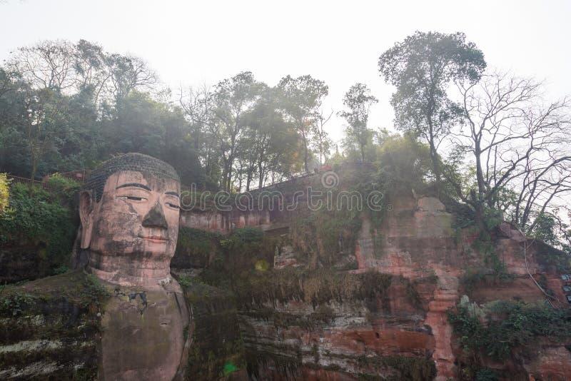 Gigante Buda de Leshan en Sichuan China foto de archivo