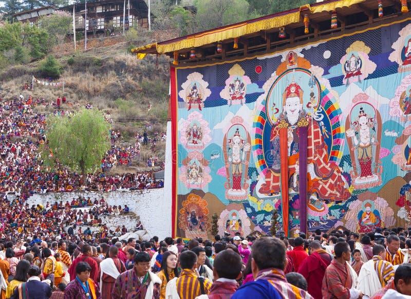 Gigante Thongdroel de Guru Rinpoche en el festival de Paro en Bhután imagen de archivo