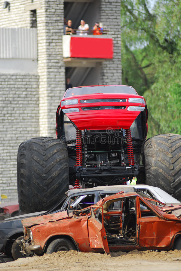 gigantisk lastbil royaltyfri foto