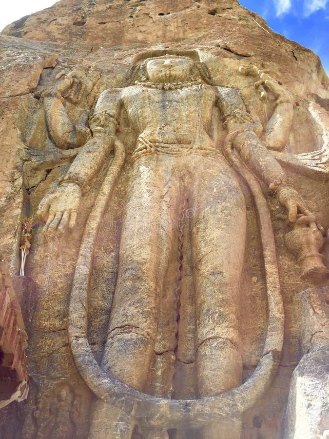 gigantiskt vagga den snittMaitreya Buddha i Mulbek, Ladakh royaltyfria foton