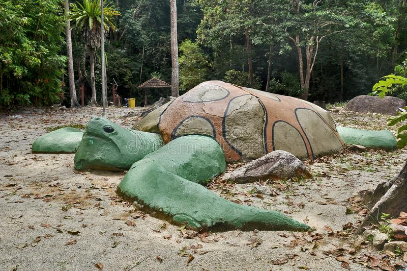 Gigantyczna żółwia kamienia statua obrazy royalty free