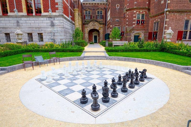 Gigantyczna szachowa biblioteka blisko Amsterdam zdjęcie stock