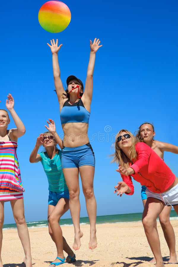 Download Giirls Playing Volleyball Royalty Free Stock Image - Image: 25228186