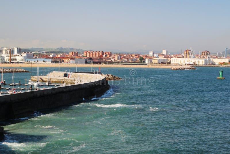 Gijon-Jachthafen und der Pier, Spanien stockfoto