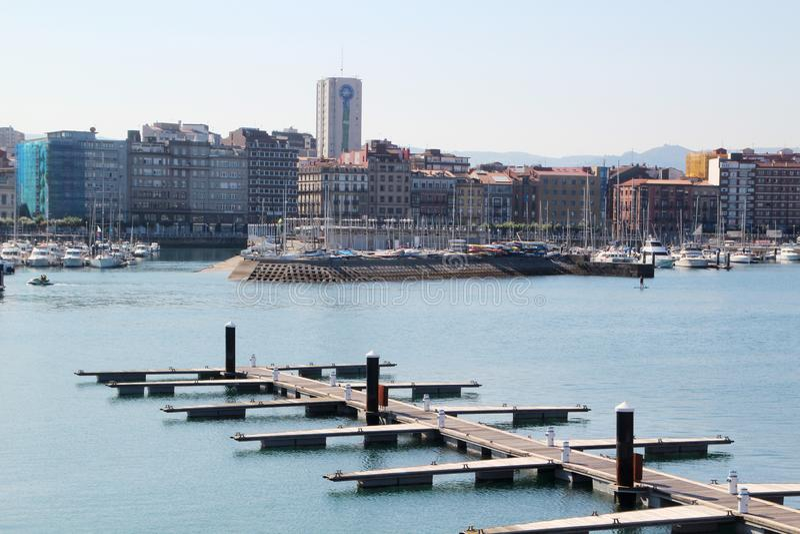 Gijon-Jachthafen und der Pier, Spanien stockfotos