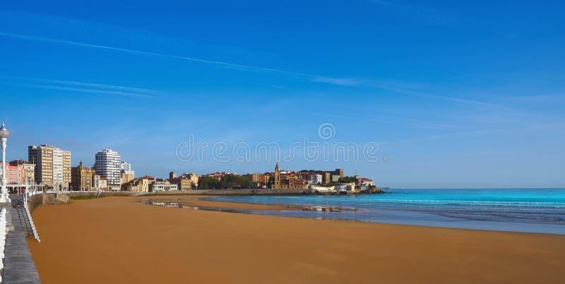 Gijon playaSan Lorenzo strand Asturias Spanien fotografering för bildbyråer
