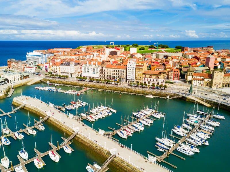 Gijon stadsjachthaven in Asturias, Spanje royalty-vrije stock afbeelding