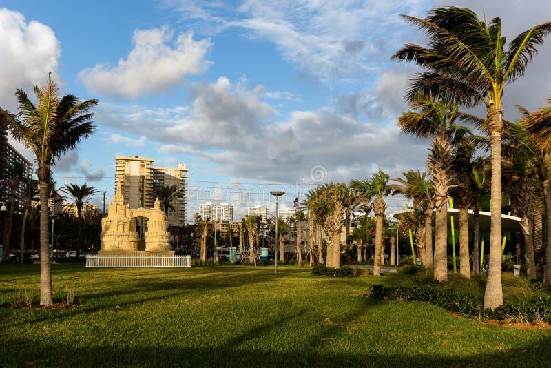 Gilbert Samson Oceanfront Park i Sunny Isles royaltyfri fotografi