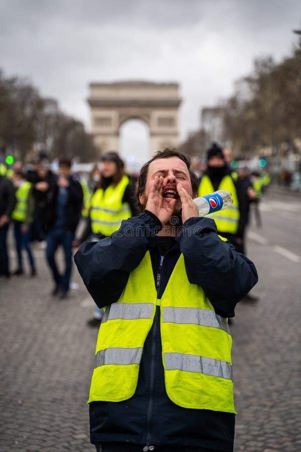 GiletsJaunes ActeXVII Париж стоковое фото rf