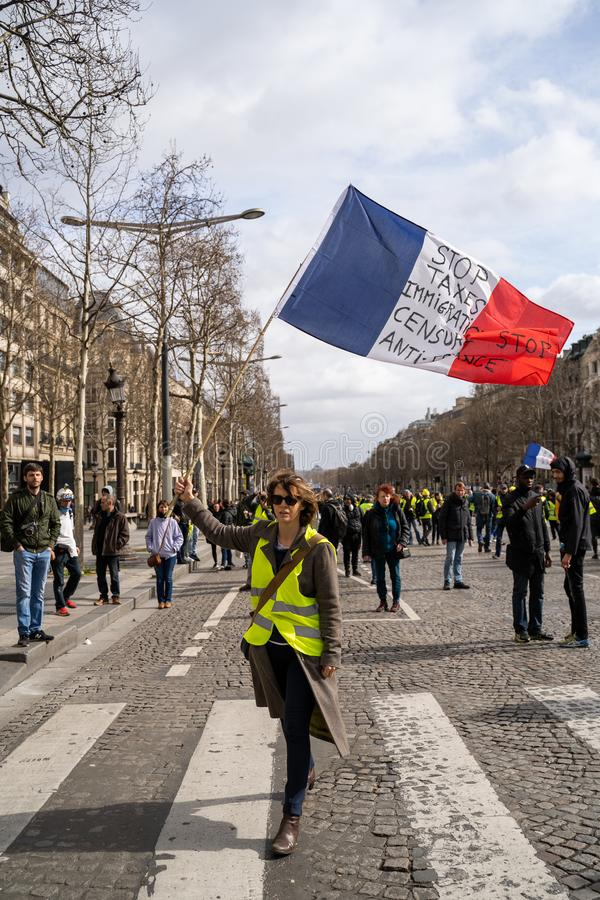 GiletsJaunes ActeXVII Paryż zdjęcia stock