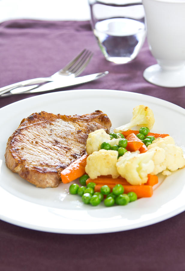 Gilled свинина [стейк свинины] стоковые фото