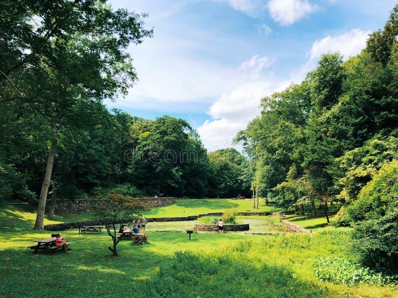 Gillette Castle State Park trädgård royaltyfria foton