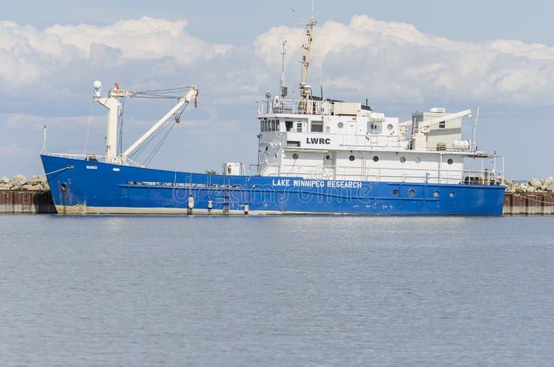 GIMLI MANITOBA, KANADA - Juni 20, 2015: Skyttel för sjöWinnipeg forskning - Namao arkivfoton
