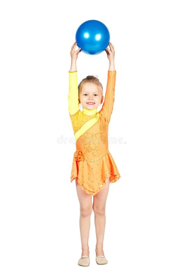 Ginasta bonita da menina com uma bola imagens de stock