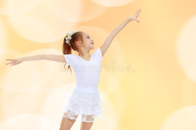 Ginasta da menina que acena suas mãos fotos de stock royalty free
