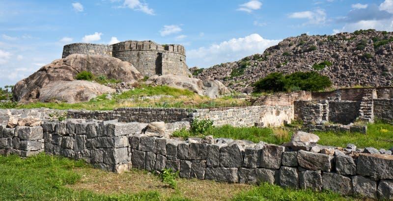Gingee Fort-Ruinen stockfotos