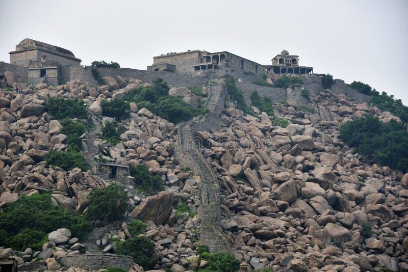 Gingee fort, Tamil Nadu, Indien royaltyfria foton