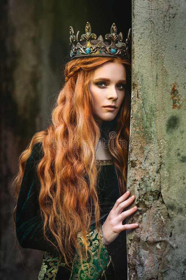 Free Ginger Queen Near The Castle Stock Images - 95830314
