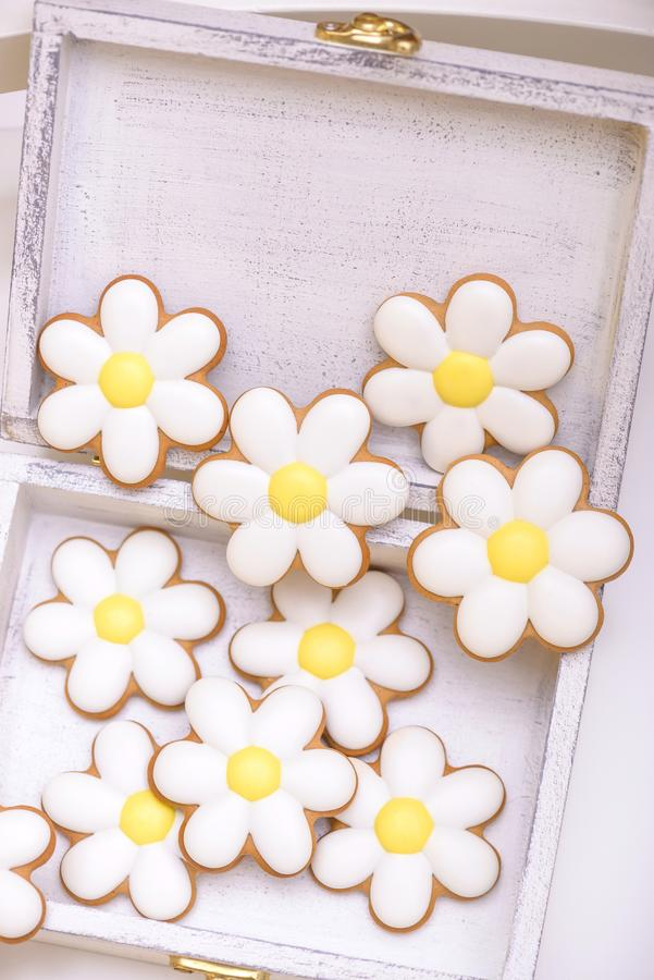 Gingerbread cookies in the shape of chamomile stock photography