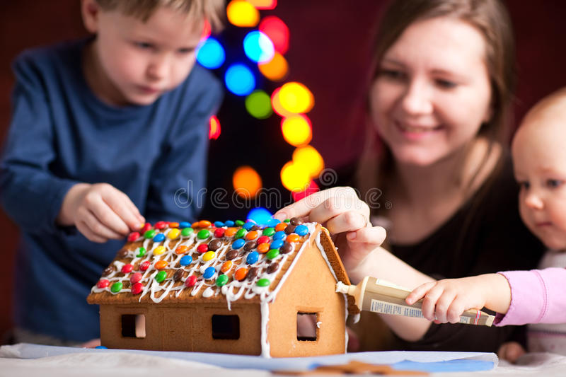 Gingerbread House Decoration Stock Photo - Image: 11858350Gingerbread house decoration - 웹