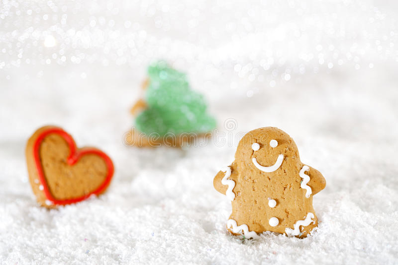 Download Gingerbread Man And Tree On A Festive Christmas Snow Background Stock Image - Image: 32559523