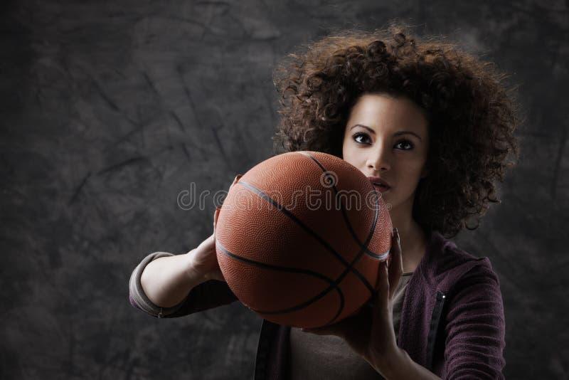 Giocatore di pallacanestro femminile immagini stock libere da diritti