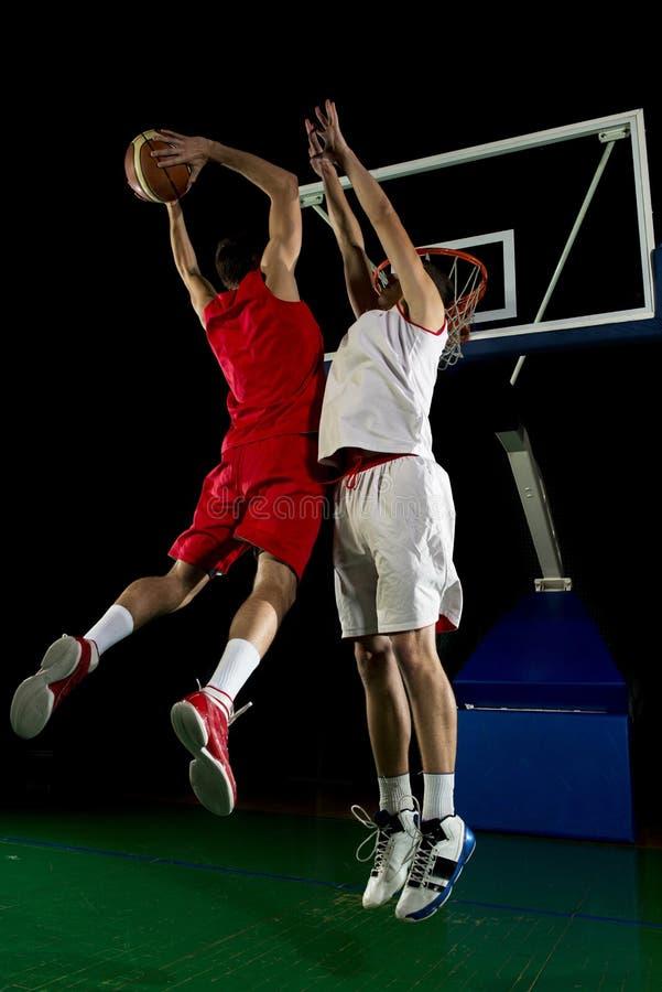 Giocatore di pallacanestro nell'azione immagine stock