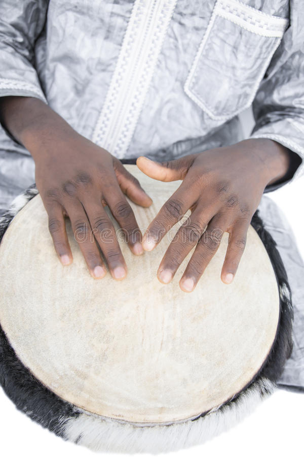 Giocatore reale di Djembe, indumento tradizionale, Senegal fotografia stock