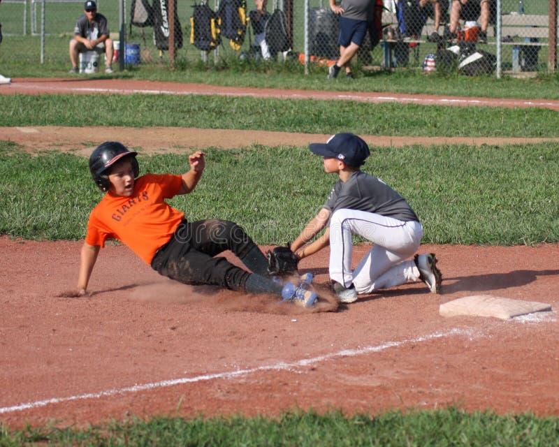 Giocatori di baseball della piccola lega immagini stock libere da diritti