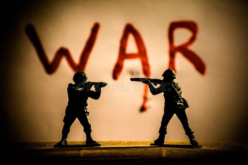 Giocattoli e guerra fotografia stock