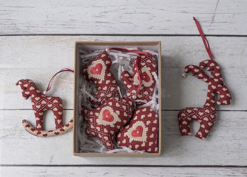 Giocattoli molli delle decorazioni fatte a mano di Natale immagini stock