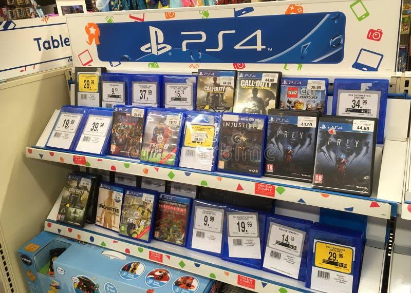 Giochi della stazione 4 del gioco PS4 immagine stock