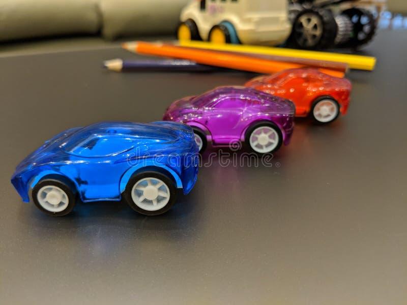 Giochi le automobili sulla tavola, l'istruzione, scuola fotografia stock