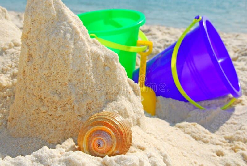 Download Gioco Dei Bambini Al Puntello Immagine Stock - Immagine di coperture, infanzia: 7316135