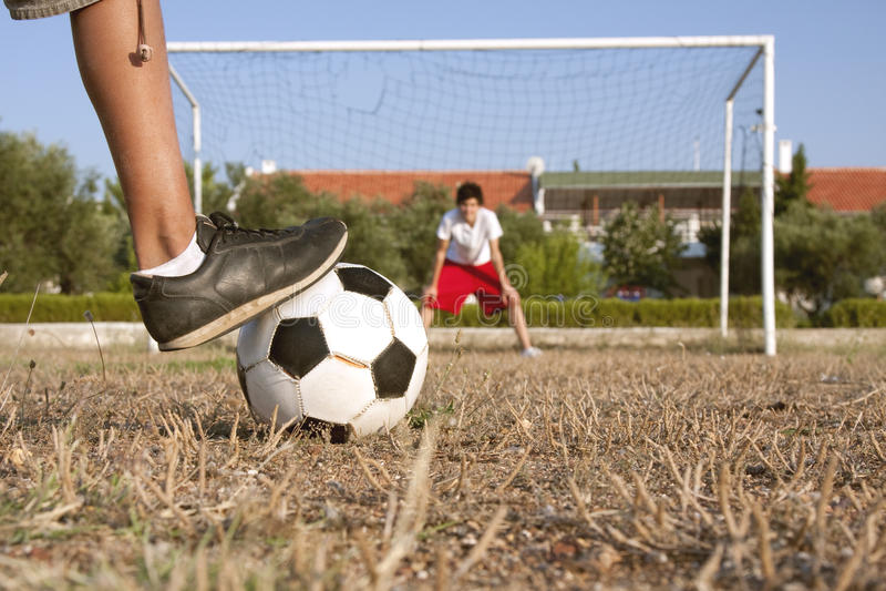 Gioco del calcio dilettante   fotografie stock libere da diritti