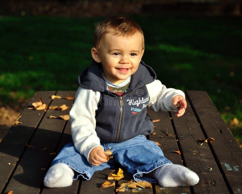 Gioco del neonato fotografia stock