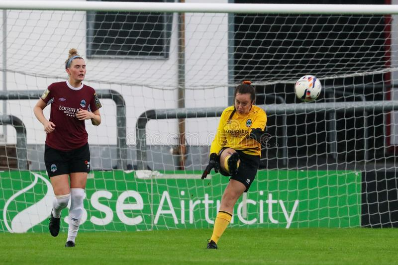 Gioco della lega nazionale delle donne: Galway WFC contro Peamount si è unito fotografia stock