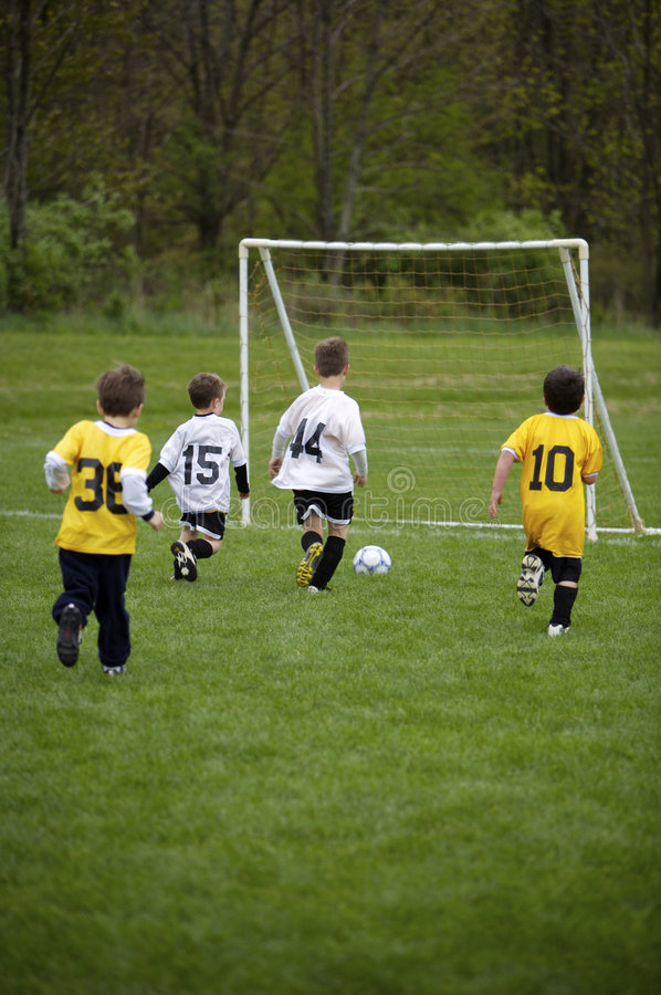 Gioco di calcio della gioventù fotografia stock
