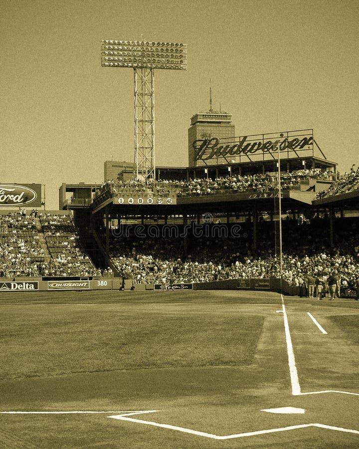 Gioco di giorno a Fenway Park, Boston, mA fotografie stock