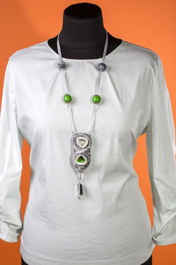 Gioielli della lana del Boho Felted delle donne immagini stock libere da diritti