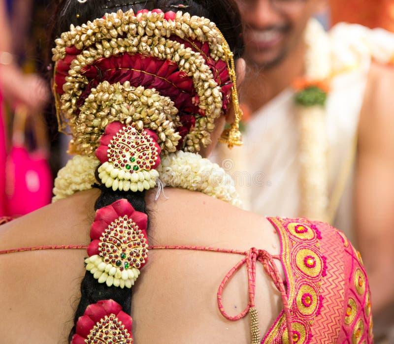 Gioielli ed ornamenti indiani del sud di nozze immagini stock libere da diritti