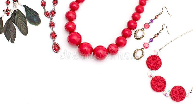 Gioielli per le donne Rosso della collana fotografia stock libera da diritti
