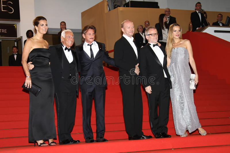 Giorgio Armani, Sean Penn, PETRA Nemcova et Paul image stock