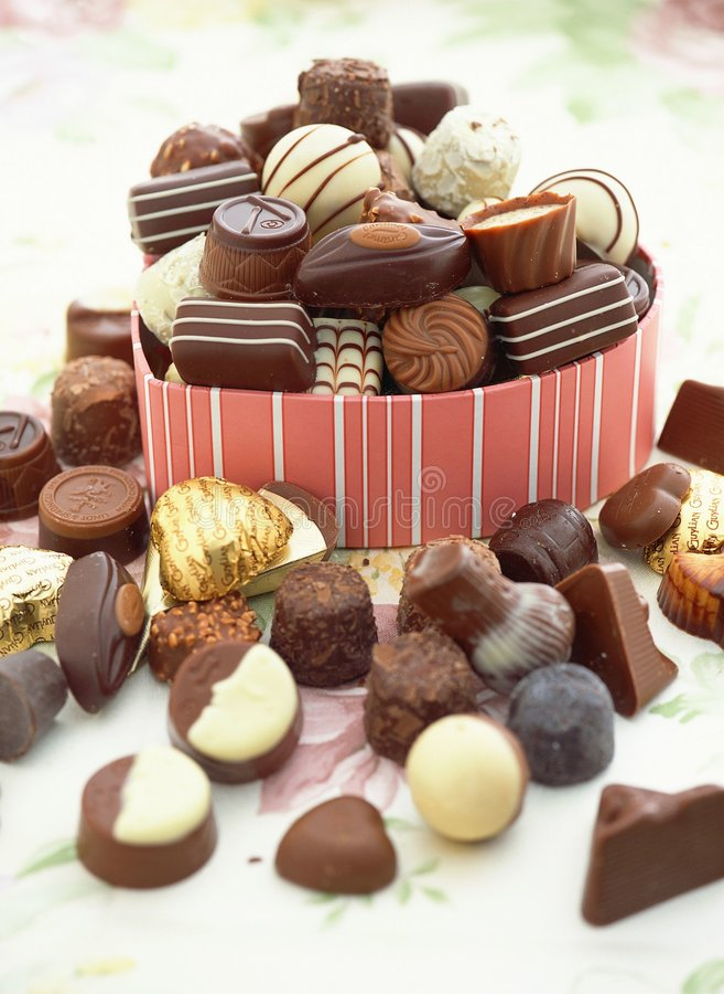 Download Giorno Del Biglietto Di S. Valentino Fotografia Stock - Immagine di regalo, confetteria: 208410