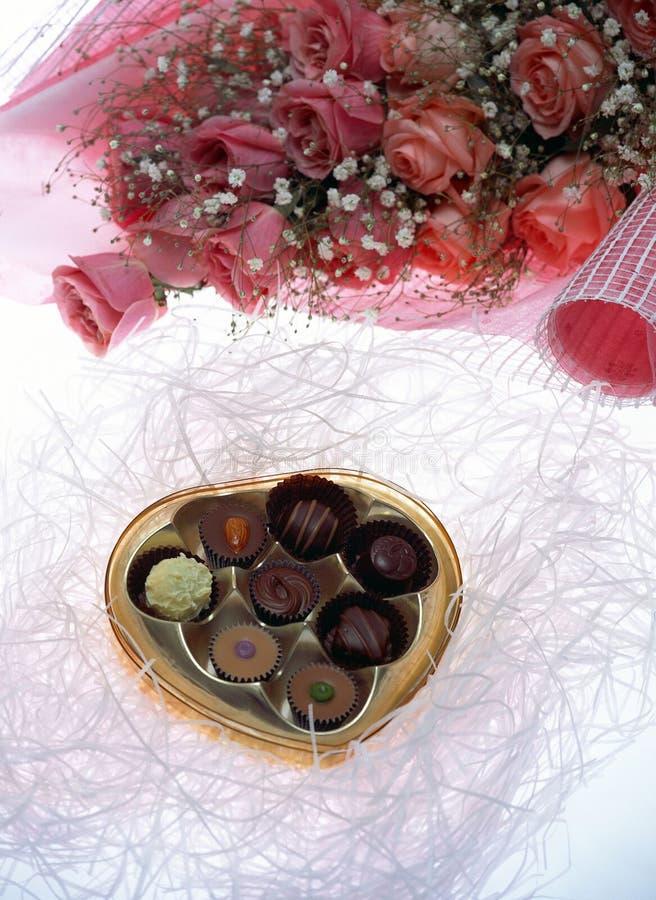 Download Giorno Del Biglietto Di S. Valentino Fotografia Stock - Immagine di cioccolato, sapore: 209568