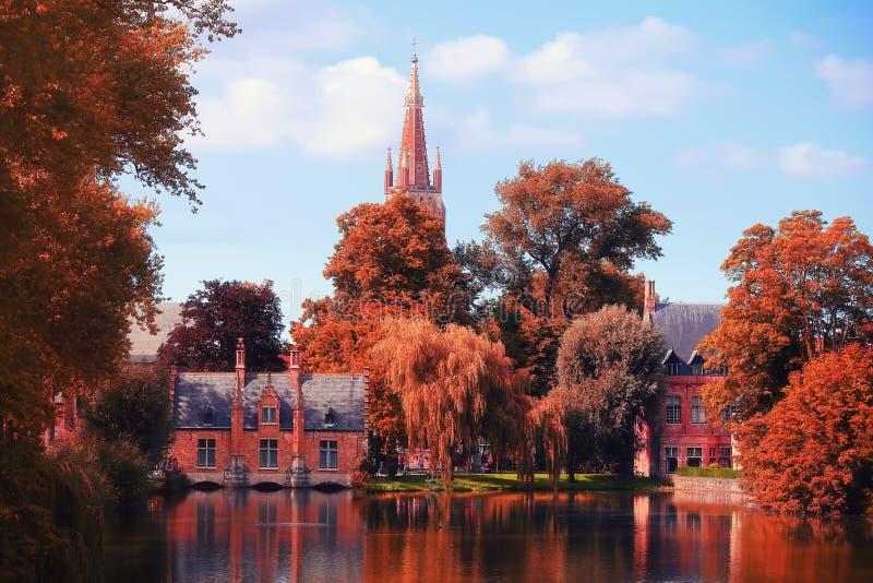 Giorno di autunno a Bruges fotografia stock libera da diritti