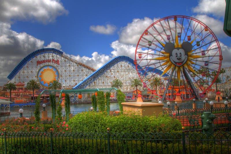 Giorno di divertimento a Disneyland HDR immagine stock